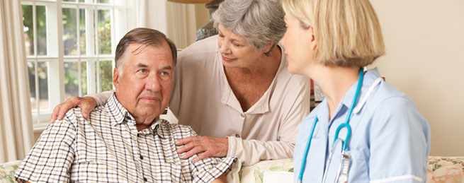 family discussing care with their ComForcare nurse